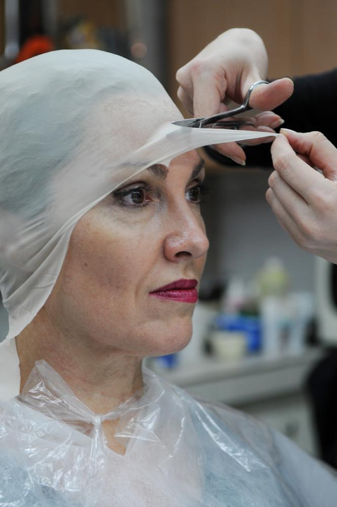 Prise d'empreintes: perruques Makropoulos