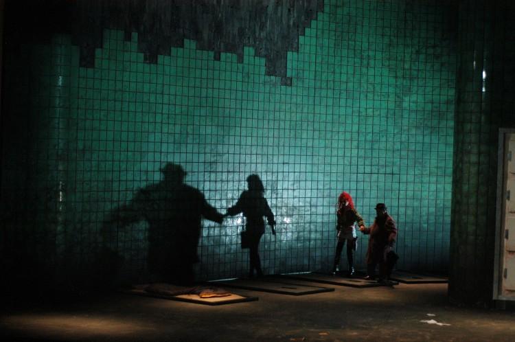 Mise en scène : Andreas Baesler Lumières : Gerard Cleven