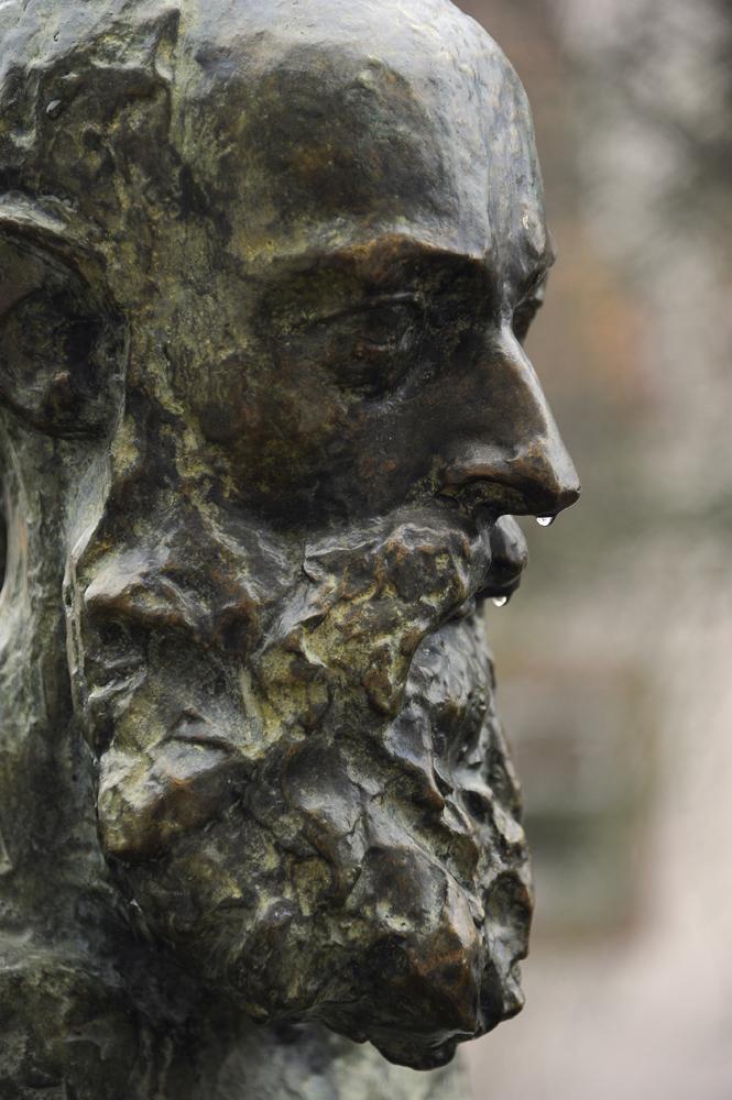 http://www.patrick-lang-sculpteur.com/